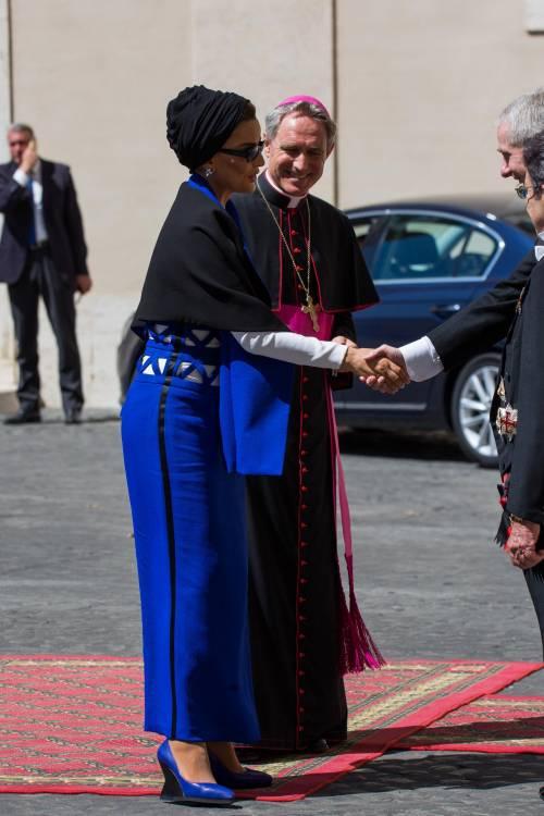 Papa Francesco riceve in Vaticano la sceicca del Qatar 8
