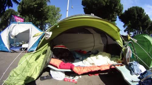 Emergenza profughi a Roma: in centinaia accampati in via Tiburtina  5