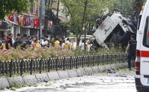 Autobomba fa strage a Istanbul 3