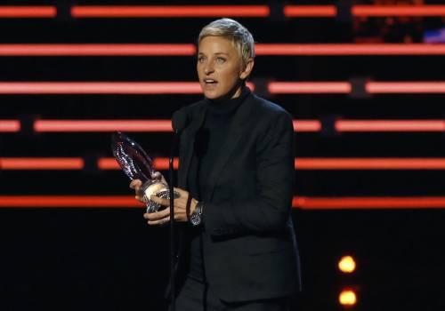 Guai per Ellen DeGeneres per una battuta sul seno