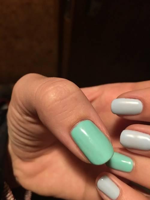 Smalti per unghie, i colori in foto 10