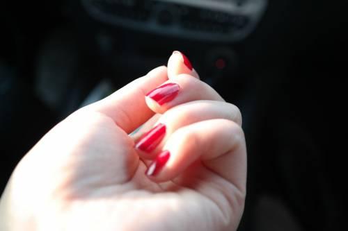 Smalti per unghie, i colori in foto 14