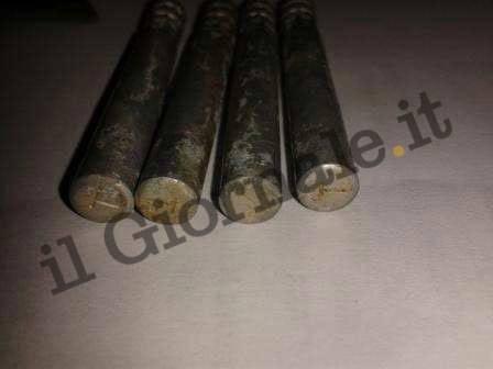 Ecco le bombe artigianali trovate dagli artificieri in Italia 19