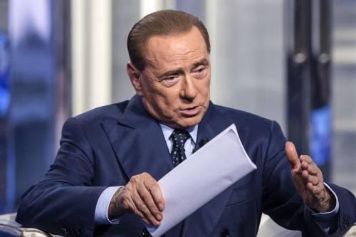 """Berlusconi: """"No alla fiducia. Serve un centrodestra unito"""""""