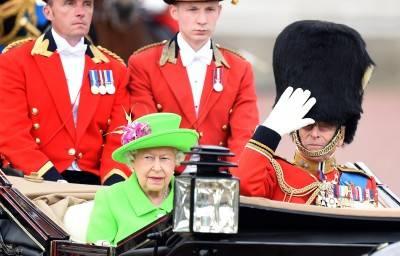 I 90 anni della regina Elisabetta: la Royal Family al balcone di Buckingham Palace 5