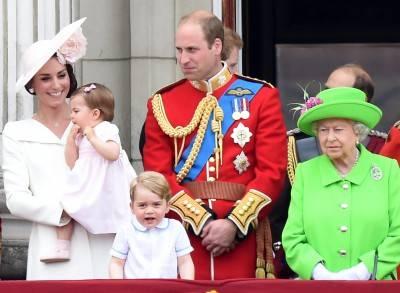 I 90 anni della regina Elisabetta: la Royal Family al balcone di Buckingham Palace 7