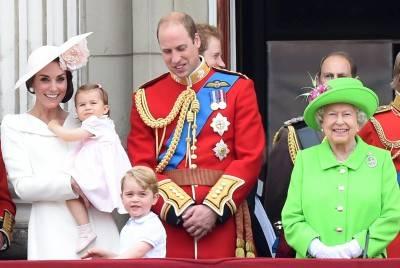 I 90 anni della regina Elisabetta: la Royal Family al balcone di Buckingham Palace 2