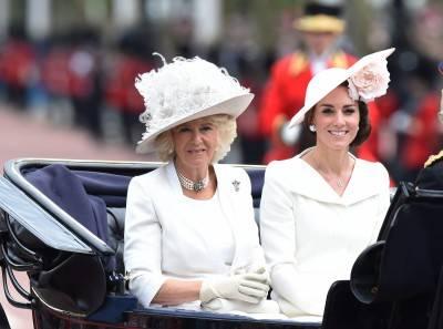 I 90 anni della regina Elisabetta: la Royal Family al balcone di Buckingham Palace 8