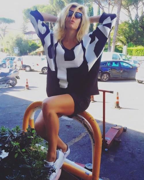Paola Caruso supersexy dopo l'Isola dei Famosi 3
