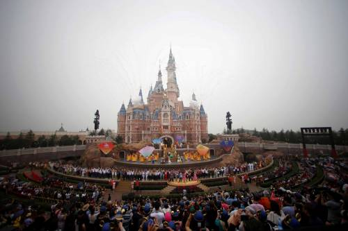Shangai, apre il primo Disneyland cinese  4