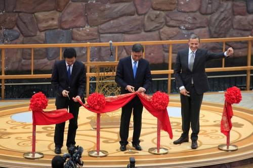 Shangai, apre il primo Disneyland cinese  5