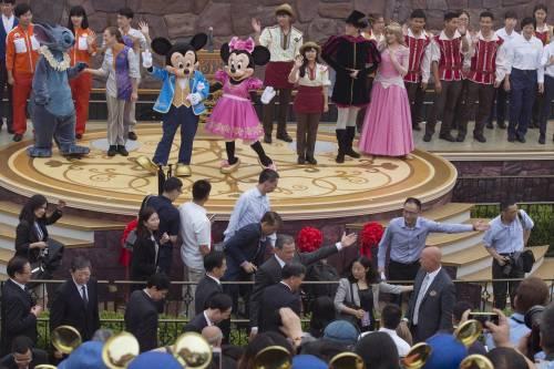Shangai, apre il primo Disneyland cinese  8