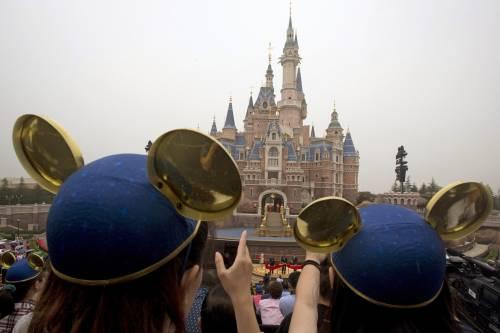 Shangai, apre il primo Disneyland cinese  10