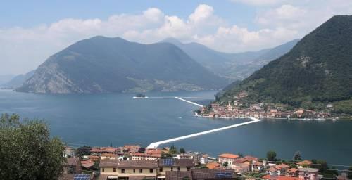 """""""The floating piers"""", la passerella di Christo 4"""