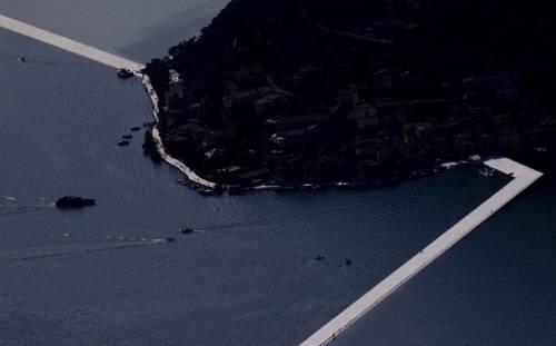 """""""The floating piers"""", la passerella di Christo 12"""