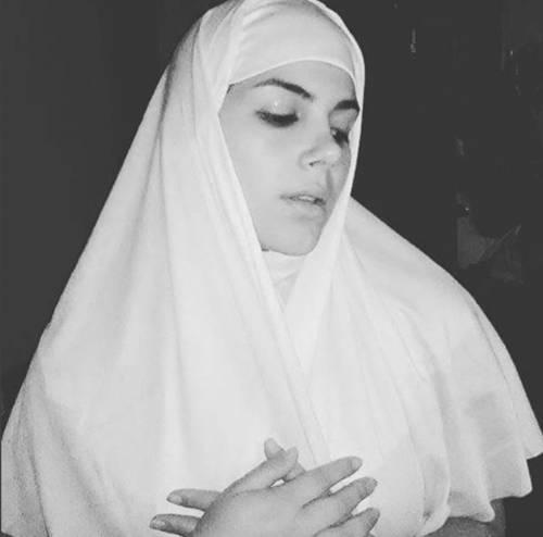 Valentina Nappi, tutte le provocazioni su Instagram 3
