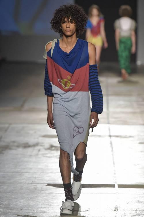 Moda, la collezione Vivienne Westwood P/E 2017 46