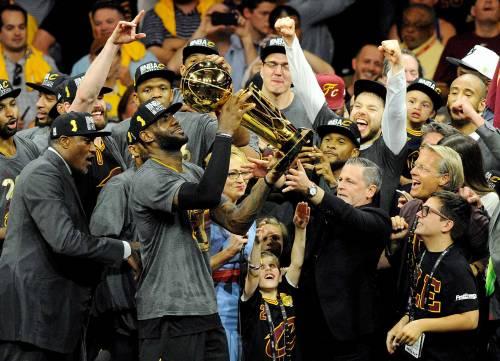Cleveland campione. LeBron ora è leggenda 13