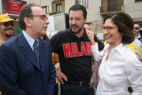 """Parisi e Salvini sempre più lontani: """"No alle tue ruspe"""". """"Sei voltagabbana"""""""