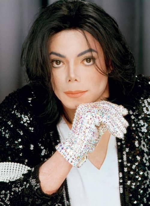 Una serie tv racconterà gli ultimi momenti di Michael Jackson 9