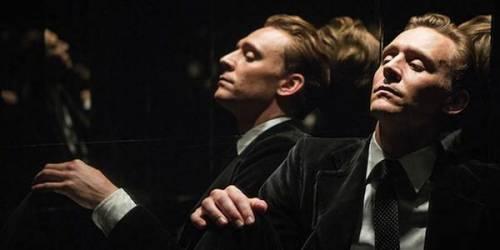 Tom Hiddleston, le foto del nuovo James Bond
