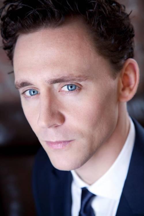 Tom Hiddleston, le foto del nuovo James Bond 7