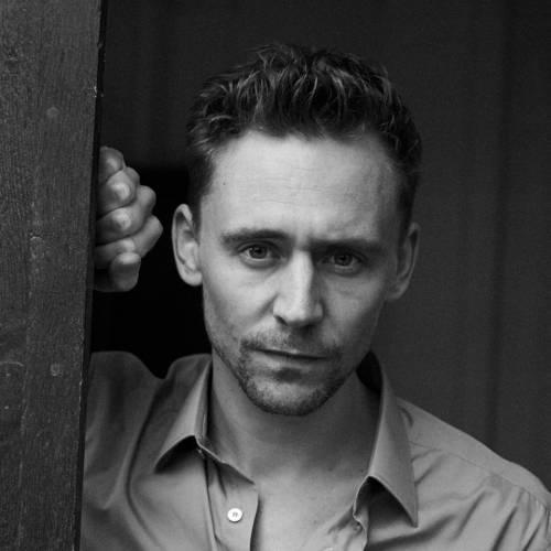 Tom Hiddleston, le foto del nuovo James Bond 9