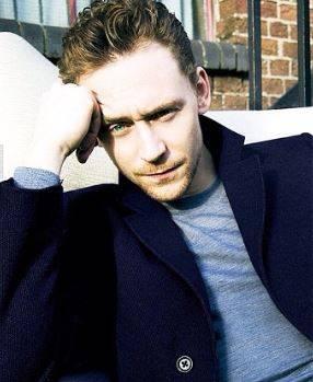 Tom Hiddleston, le foto del nuovo James Bond 10