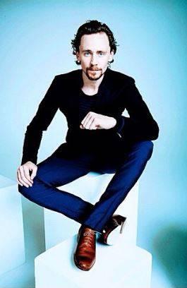 Tom Hiddleston, le foto del nuovo James Bond 15