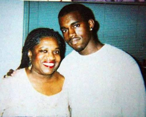 Kanye West, il rapper marito di Kim Kardashian: foto 6