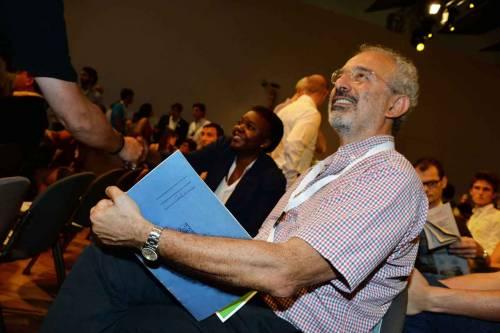 Migranti, Lerner torna in Rai per educarci sull'accoglienza