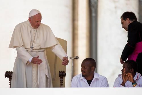 Papa Francesco con gli immigrati in San Pietro 10