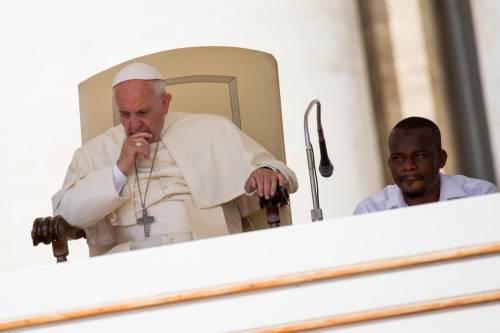 Papa Francesco con gli immigrati in San Pietro 15