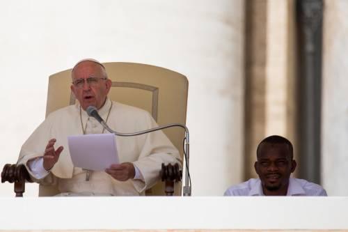Papa Francesco con gli immigrati in San Pietro 17
