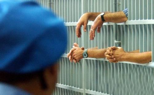 Roma, protesta nel carcere minorile: algerini feriscono tre agenti