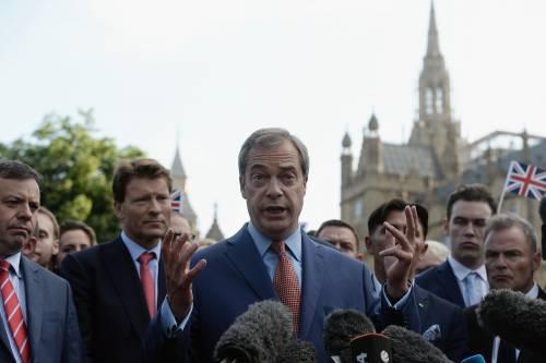 Farage si dimette da leader dell'Ukip