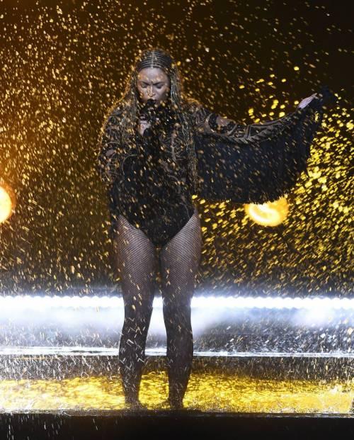 Beyoncé, regina dei BET Awards: foto 14