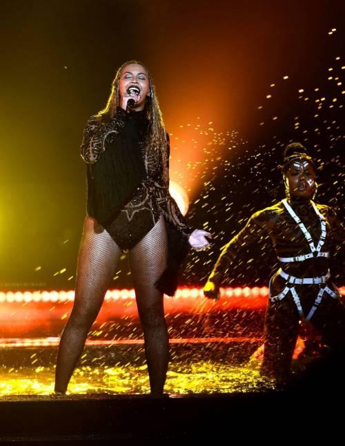 Beyoncé, regina dei BET Awards: foto 12
