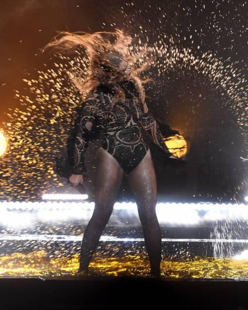 Beyoncé, regina dei BET Awards: foto 13