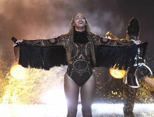 Beyoncé, regina dei BET Awards: foto 16