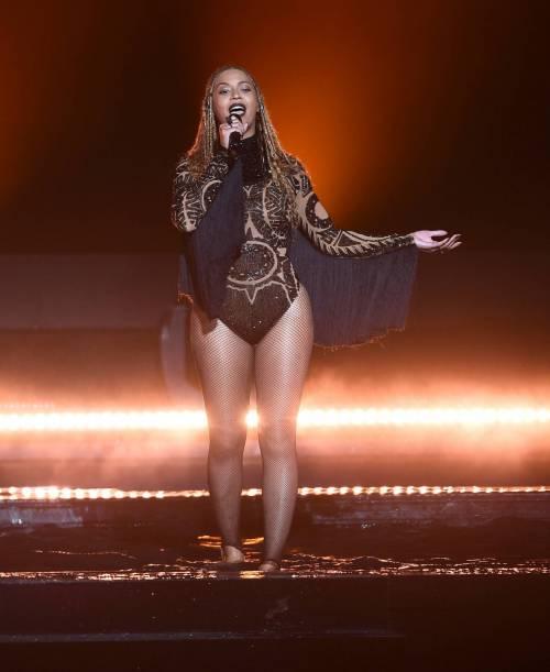 Beyoncé, regina dei BET Awards: foto 17