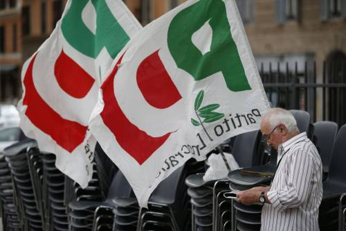 La vignetta di Natangelo su Matteo Renzi fa infuriare il Pd