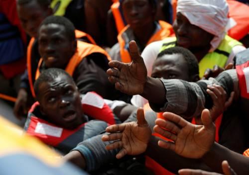 """Immigrati, Italia invasa dalla Libia. E Frontex: """"Serve libero movimento"""""""