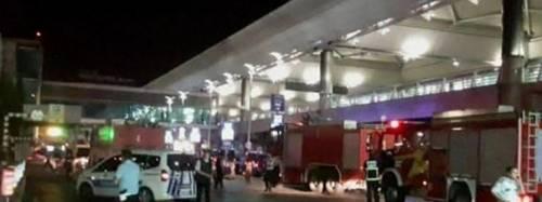 Istanbul, esplosioni in aeroporto 6