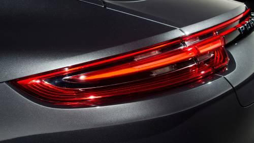 Le immagini della nuova Porsche Panamera 5