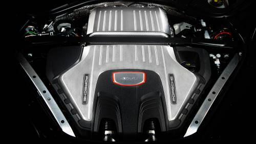 Le immagini della nuova Porsche Panamera 6