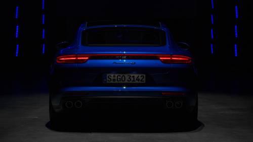 Le immagini della nuova Porsche Panamera 14