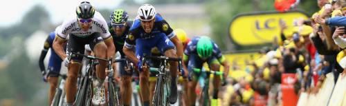 Tour, Sagan vince senza accorgersi Vestirà il giallo sulla maglia iridata