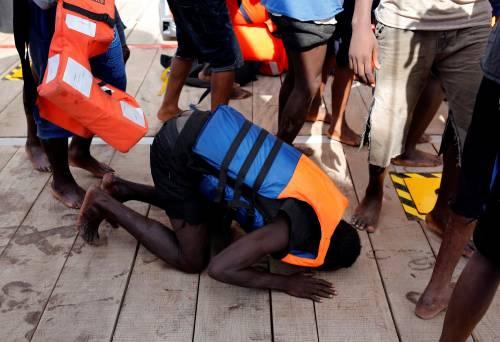 Migranti, il lavoro dei soccorritori nel Mediterraneo 15