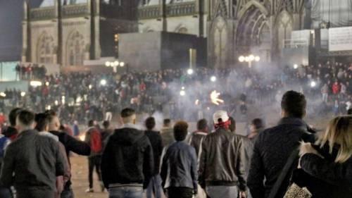 """Stupri di Colonia, iracheni graziati: """"Difficoltà culturali a integrarsi"""""""
